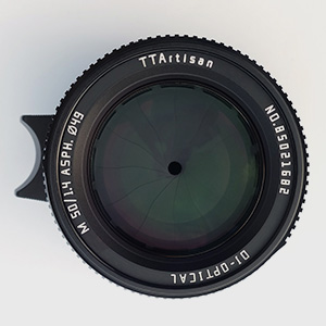 cb98d074 594c 490d aa3c 1597debd5c99.  CR0,0,300,300 PT0 SX300 V1    - TTartisans 50mm F1.4 Manual Focus Full-Frame Format Standard & Medium Telephoto Lens Compatible with Leica M-Mount, Leica M240, Leica M3, Leica M6, Leica M7, Leica M8, Leica M9, M9p, M10