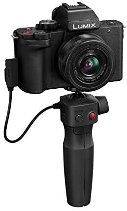318DyViEdmL. AC  - Panasonic LUMIX G100 4k Mirrorless Camera, Lightweight Camera for Photo and Video, Built-in Microphone, Micro Four Thirds with 12-32mm Lens, 5-Axis Hybrid I.S, 4K 24p 30p Video, DC-G100KK (Black)