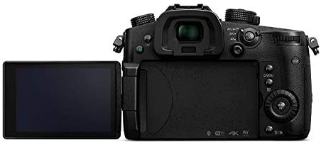 31batRKNlaL. AC  - Panasonic LUMIX GH5 4K Mirrorless Digital Camera, 20.3 Megapixel DC-GH5 (Body), Essential Bundle with LED Light, RODE VideoMicro Mic, Backpack, Battery, Charger, 128GB SD Card and Accessories