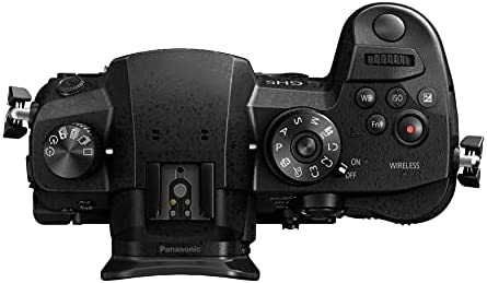 41AXaIQsg4S. AC  - Panasonic LUMIX GH5 4K Mirrorless Camera with Leica DG 12-60mm Lens and Accessory Bundle