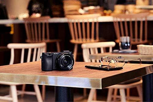 41MyQXVcGFL. AC  - Sony Alpha 6400   APS-C Mirrorless Camera with Sony 16-50 mm f/3.5-5.6 Power Zoom Lens (Fast 0.02s Autofocus 24.2 Megapixels, 4K Movie Recording, Flip Screen for Vlogging)